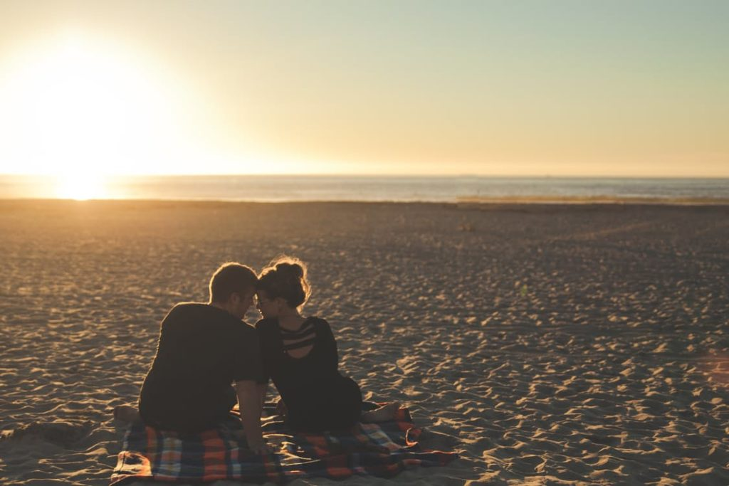 The Pitfalls of Finding Love in The Digital Age