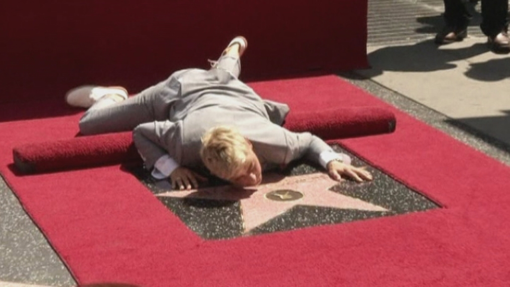 People doing weird things on hollywood blvd