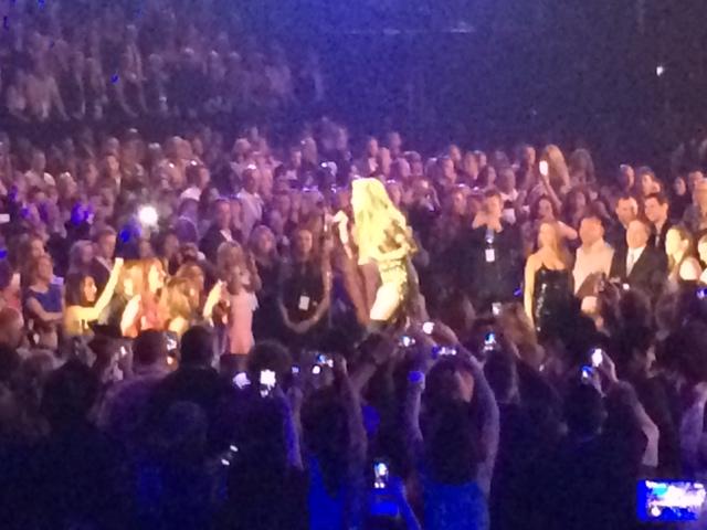 Shakira Billboard Music Awards