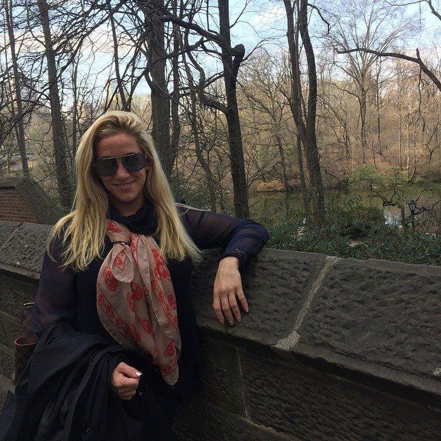 Melanysguydlines in Central Park, New York for the Shorty Awards!
